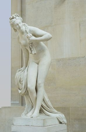 the bather: Statue of bather, Louvre