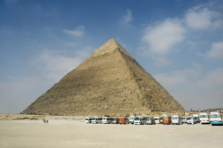 's Pyramid, is the second largest of the ancient Egyptian Pyramids of Giza and the tomb of the fourth-dynasty pharaoh Khafre (Chephren). Stock Photo - 1518565