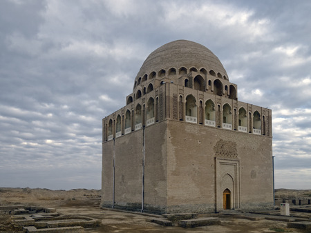 mausoleum: the center of the ruined ancient city of Sultan Kala, Merv Oasis of the Karakum Desert, Turkmenistan Editorial