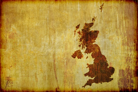 グランジ、イギリス (イングランド、アイルランド、スコットランド、ウェールズ) のアンティーク スタイル マップを古い木板に燃やした。テキ