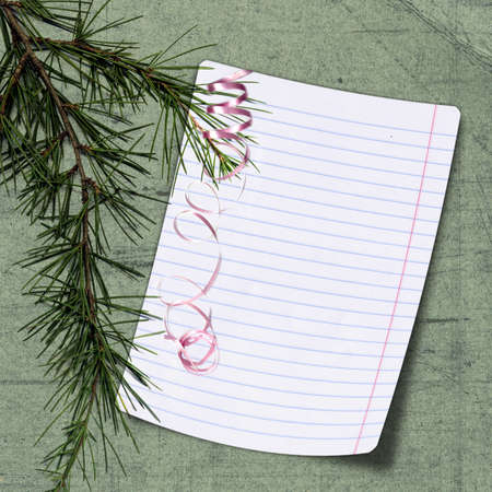lacet: Sheet with christmas tree on green background