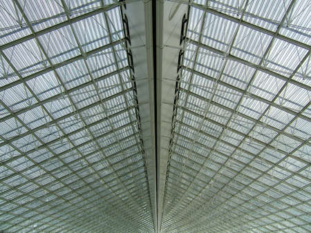 Metallic structure pattern