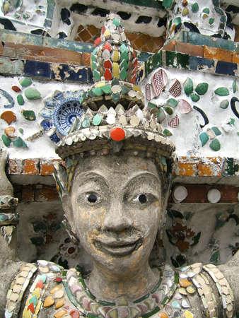 Woman stone statue with ceramics in Grand Palace (Bangkok - Thailand) Banco de Imagens