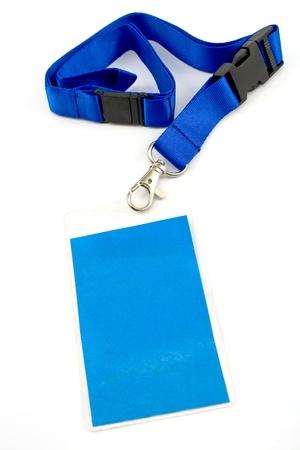 빈 ID 카드 태그에 격리 된 화이트