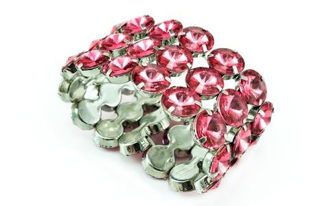 다이아몬드 팔찌는 흰색에 고립