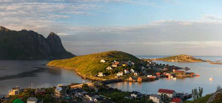 rorbu: Scenic view of Reine village in sunny day. Rorbu, Lofotens, Norway landscape Stock Photo