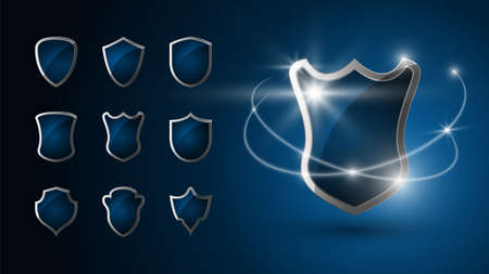 Set of realistic 3d shields. Chromed metal steel shield shines. Security emblem. Protection concept. Icon. Silver. Vector Vettoriali
