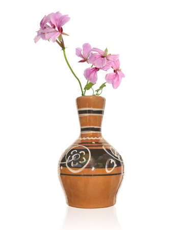 vase antique: Le vase antique cru et le bouquet rose fleur d�corative