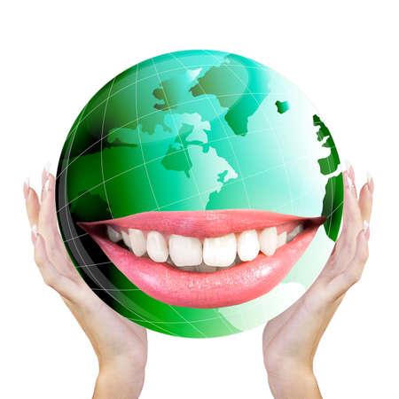 white smile: Sorridere Green Globe Pianeta Terra denti bianchi sorriso Ecologia Concetto