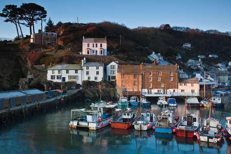 cornwall: Fishing port of Polperro on the Cornwall coast Stock Photo