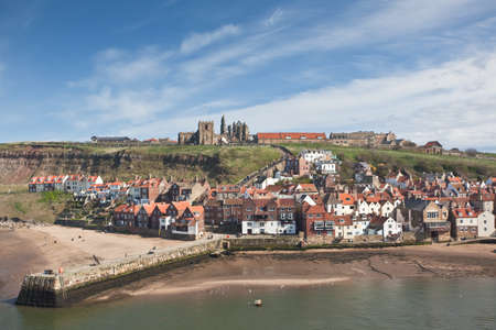whitby: Whitby town and harbor Stock Photo