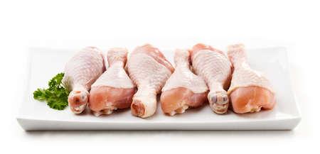 muslos: Piernas de pollo crudo Foto de archivo