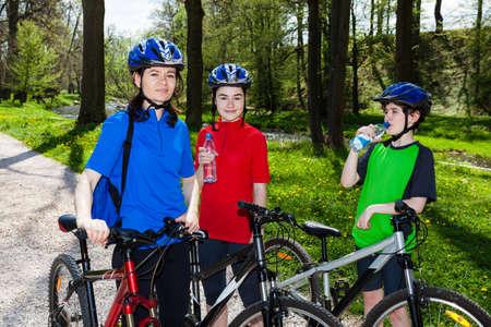 40 45: Family biking