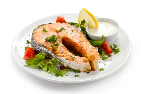 Grilled salmon and vegetables Stock Photo - 14993891