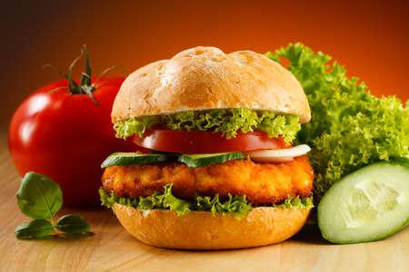 Big hamburger and vegetables Stock Photo - 15221982