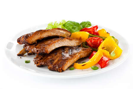 rib: Tasty grilled ribs with vegetables