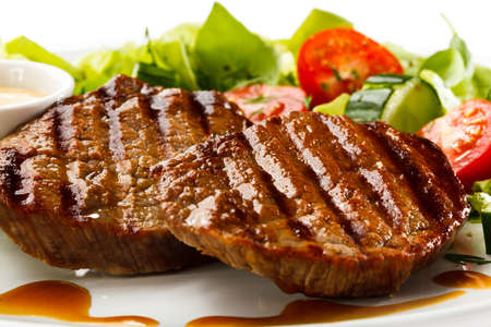 Grilled steaks and vegetables Stock Photo - 15566499