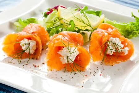 fruit plate: Smoked salmon