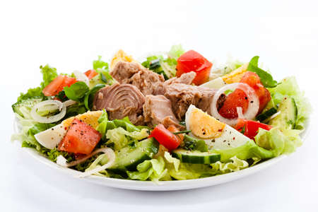 tuna: Tuna and vegetable salad