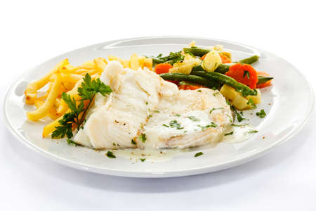 Fish dish - fish fillet, French fries and vegetables Stock Photo - 17911605