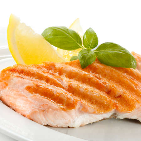 Grilled salmon Stock Photo - 17993571