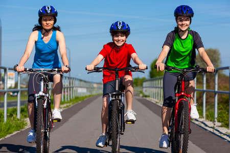 bicycle lane: Active family biking