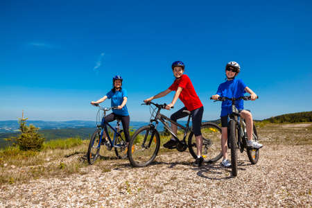 trail bike: Family biking