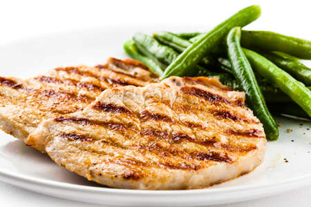 Gegrilde steaks en snijboon