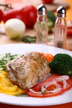 chicken fillet: Roasted chicken fillet with vegetables