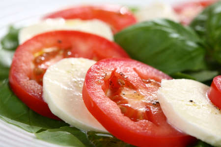 lowfat: Close-up of caprese salad