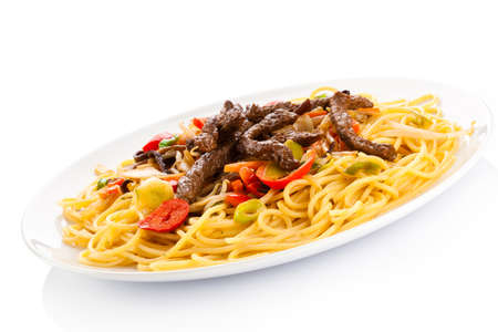 cooked meat: Cooked meat,vegetables and spaghetti