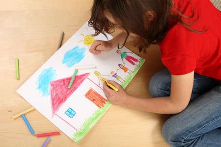 Chica de dibujo