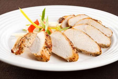 pollos asados: Rebanadas de pavo asado con verduras