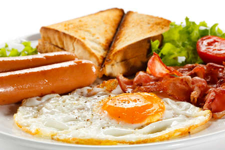 bacon and eggs: A plate of English breakfast