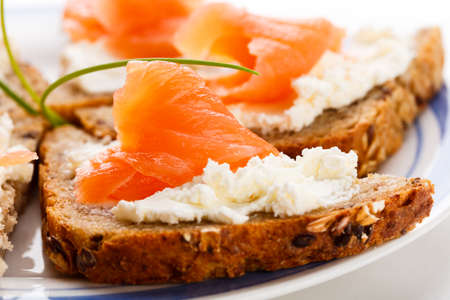 starter: Close up of bread with salmon and cream cheese