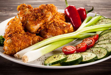 nuggets: Fried chicken nuggets and vegetables