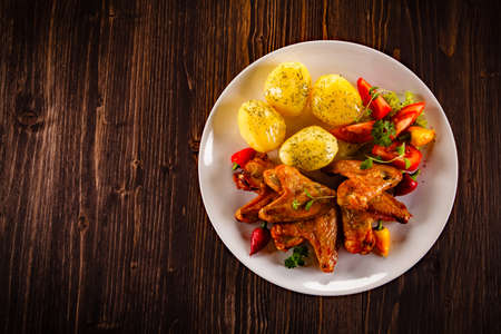 grilled vegetables: Grilled chicken nuggets and vegetables Stock Photo