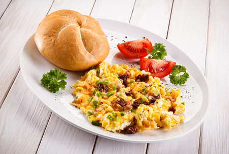 Breakfast - scrambled eggs Reklamní fotografie
