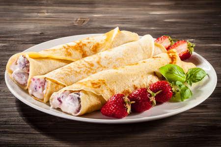 crepas: Crepes con fresas y crema