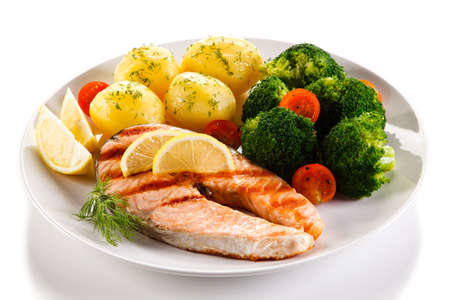 broccoli salad: Grilled salmon and vegetables Stock Photo