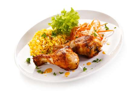 pollo arrosto Bacchette riso bianco e verdure Archivio Fotografico