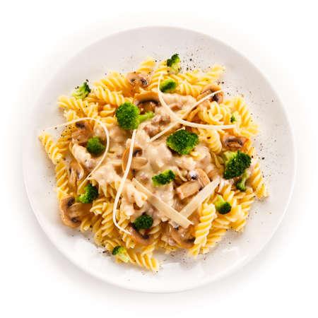 champignons: Fusilli pasta with champignons and sauce