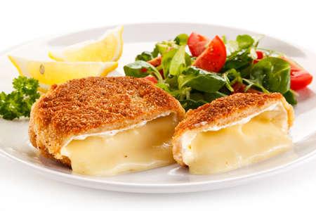 plato de comida: camembert frito