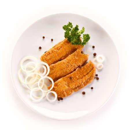 plato de pescado: Plato de pescados - arenque frito