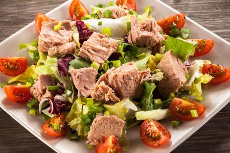 Salade de thon Banque d'images - 62019628