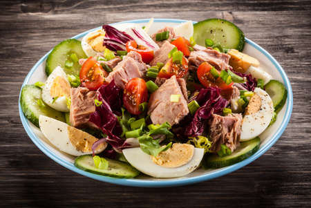 vegetable salad: tuna salad