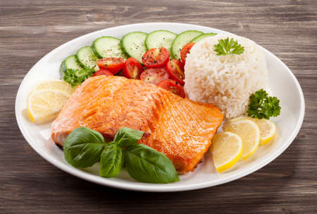 Roasted salmon with white rice