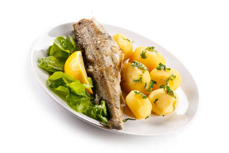 Roast fish with potatoes