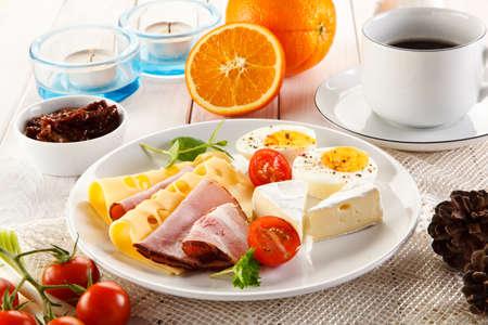 sanwich: Breakfast with coffee