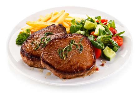 フライド ポテトのグリル ステーキ